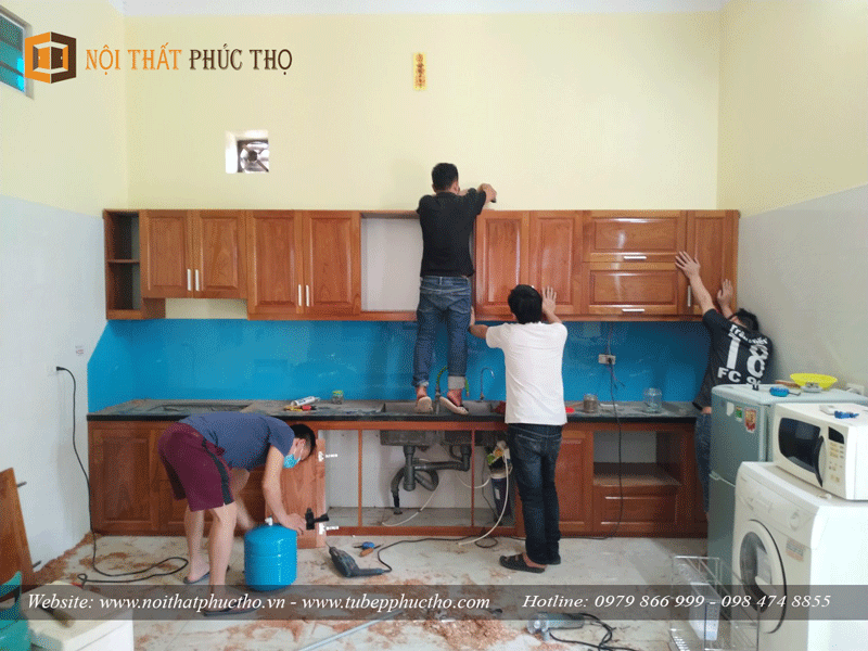 tủ bếp gỗ xoan đào Nam Phi