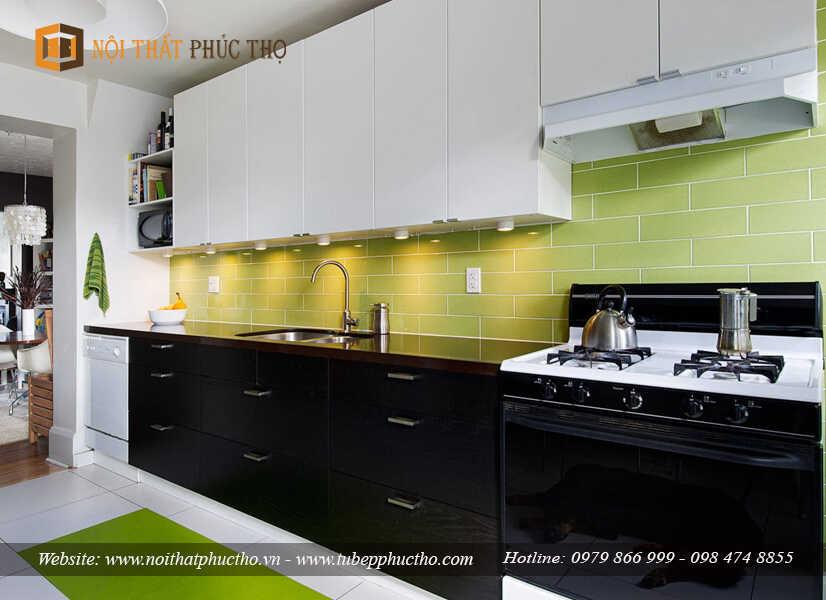 Giá thành tủ bếp acrylic khá cao